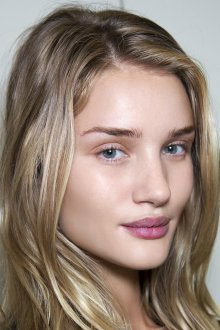 Нюдовый макияж для блондинок