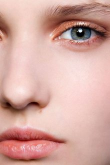 Нюдовый макияж глаз