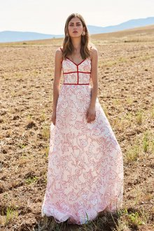 Расклешенное платье летнее