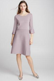 Расклешенное платье однотонное