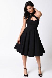 Расклешенное платье вечернее черное