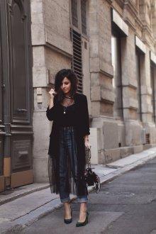 Платье с фатином черное