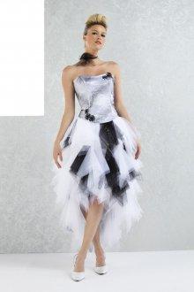 Платье с фатином миди