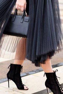 Платье с фатином плиссе