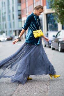 Платье с фатином тренды