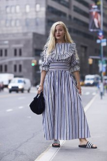 Платье в полоску крупную 2019