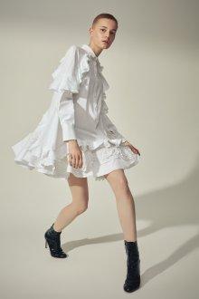 Платье с воланами белое мини