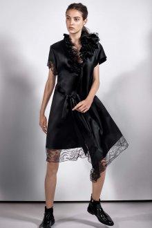 Платье с воланами черное шелковое