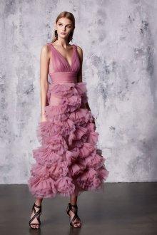 Платье с воланами вечернее
