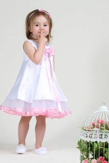 Вечернее платье для девочки атласное