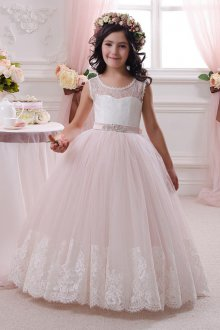 Вечернее платье для девочки кружевное