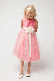 Вечернее платье для девочки розовое с цветком
