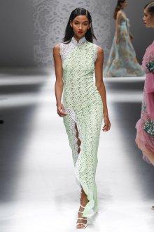 Blumarine весна лето 2019 платье с разрезом