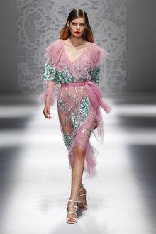 Blumarine весна лето 2019 платье розовое