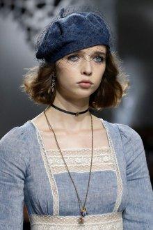 Christian Dior весна лето 2019 берет