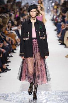 Christian Dior весна лето 2019 черное пальто