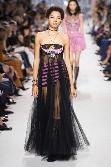 Christian Dior весна лето 2019 черно-розовое платье