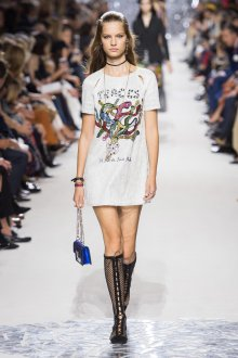 Christian Dior весна лето 2019 футболка