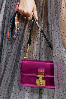 Christian Dior весна лето 2019 клатч
