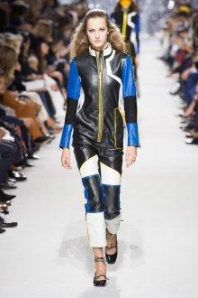 Christian Dior весна лето 2019 кожаный комбинезон