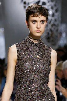 Christian Dior весна лето 2019 кулон