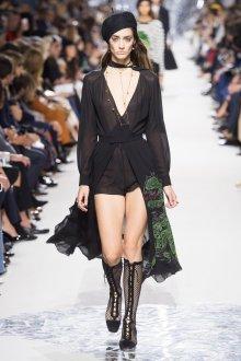 Christian Dior весна лето 2019 вышивка