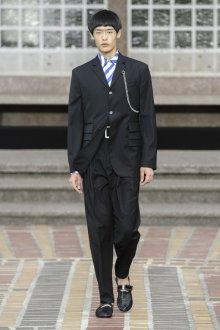 Kenzo весна лето 2018 мужская коллекция классический костюм