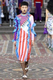 Kenzo весна лето 2018 платье с воланами