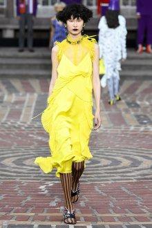 Kenzo весна лето 2018 платье желтое