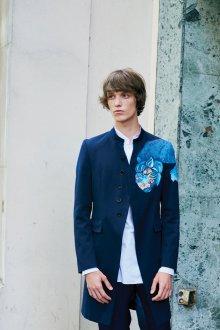 John Galliano весна лето 2018 мужская коллекция костюм