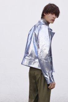 John Galliano весна лето 2018 мужская коллекция металлизированная куртка