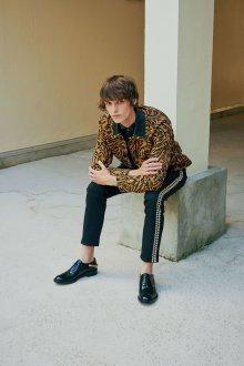 John Galliano весна лето 2018 мужская коллекция леопардовый принт