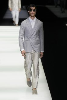 Giorgio Armani весна лето 2019 мужской костюм