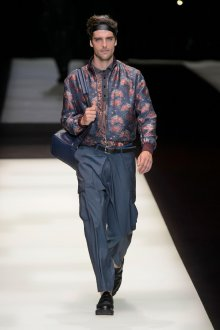 Giorgio Armani весна лето 2019 мужская куртка
