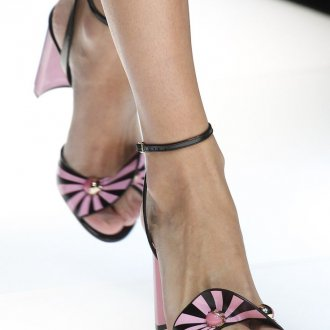 Giorgio Armani весна лето 2019 туфли на каблуке