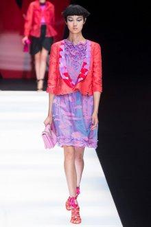 Giorgio Armani весна лето 2019 платье с воланами