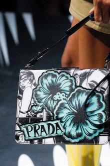 Prada весна лето 2019 сумка с цветами