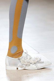 Miu miu весна лето 2018 белые туфли