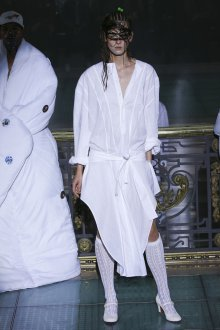 Vivienne Westwood весна лето 2019 платье рубашка