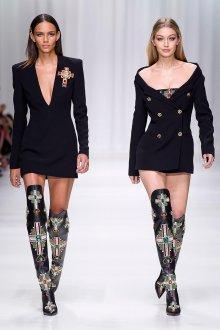 Versace весна лето 2018 ботфорты