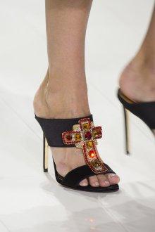 Versace весна лето 2018 туфли на каблуке