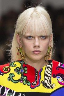 Versace весна лето 2018 макияж