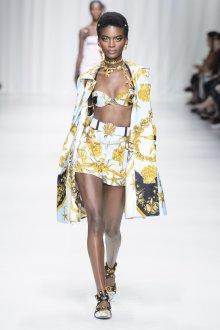 Versace весна лето 2018 шорты