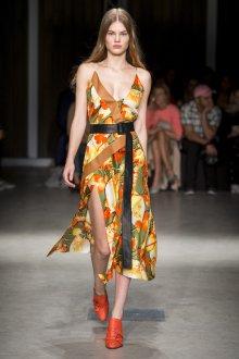 Trussardi весна лето 2019 платье с запахом