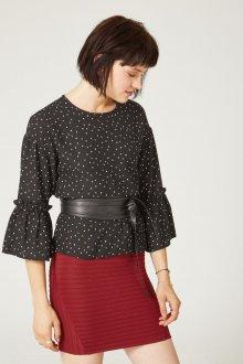 Бордовая юбка с блузкой
