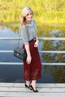 Бордовая юбка элегантная