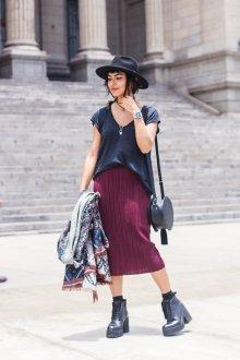 Бордовая юбка в стиле гранж