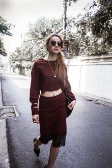 Бордовая юбка костюмная