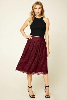 Бордовая юбка из кружева