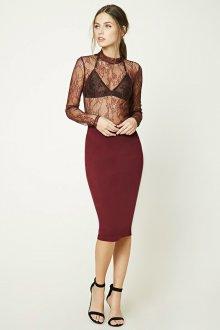 Бордовая юбка облегающая
